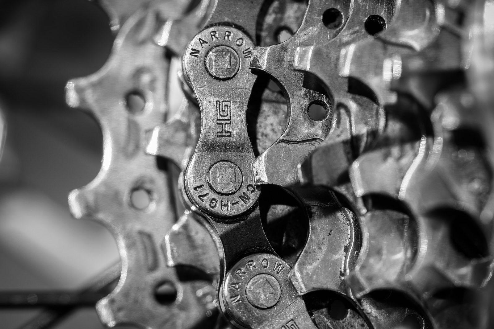 Hoe de ketting van jouw racefiets of mountainbike vervangen?